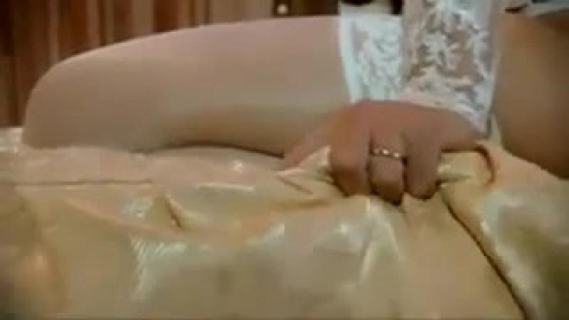 Видео брачная ночь секс прочитала