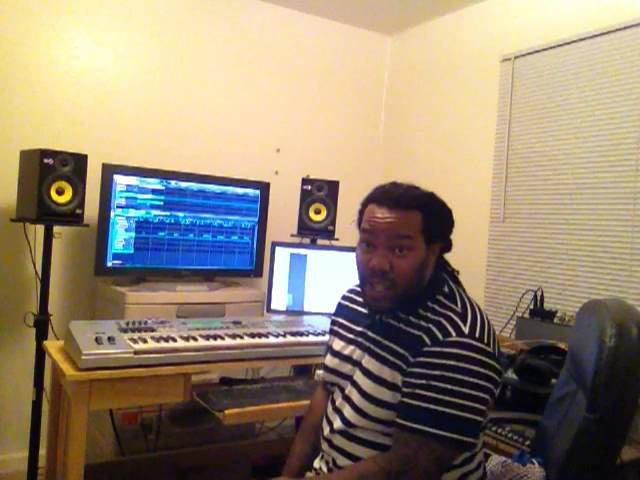 Big Bully 1st Sample with The Maschine Mikro MkII