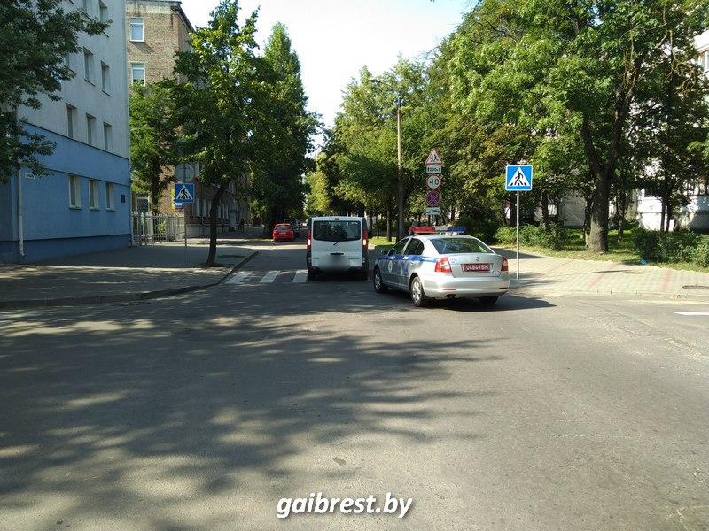 В центре Бреста на пешеходном переходе пострадала женщина