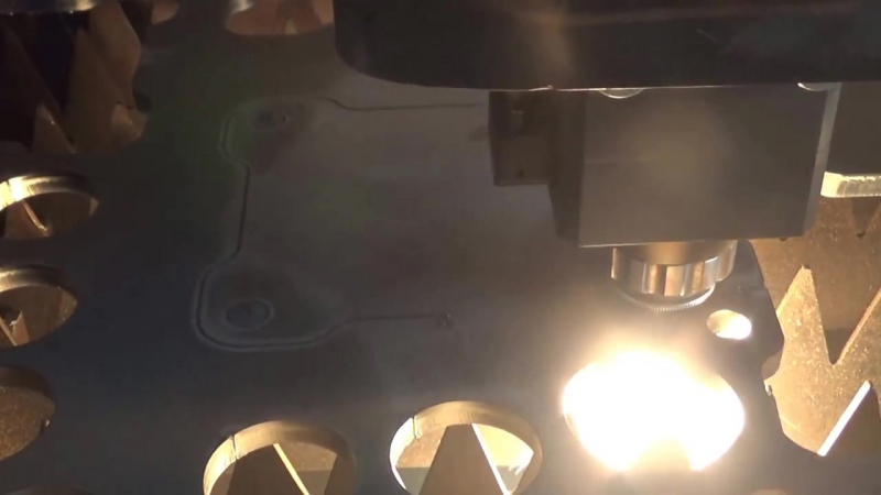 10mm carbon steel cutting by fiber laser cutters E1530 1500W from bodor laser