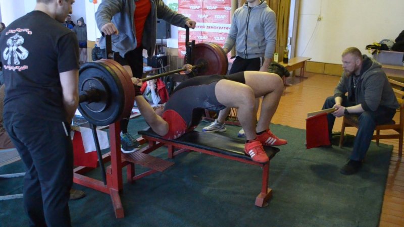 Побережник Володимир 165 кг
