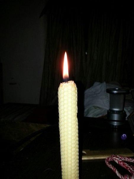Свеча восковая из вощины
