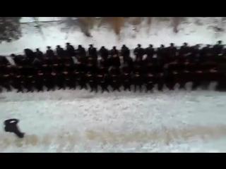 Курсанти морської академії навчили командира-ватника