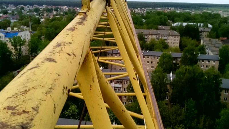 на стреле башенного крана кб 403
