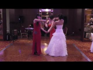 Армянский традиционный танец невесты.