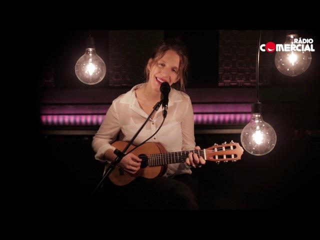Rádio Comercial | Chichi Cama - Luísa Sobral -