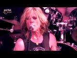 L7 - Pretend We're Dead (Live at Hellfest 2015)