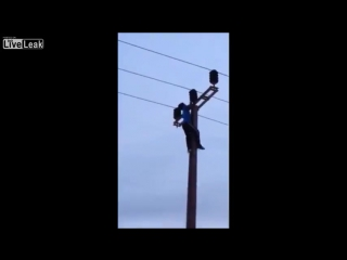 LiveLeak.com - Kid Electrocuted to Death - Suicide or Stupid Game-