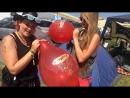 Luftballon Aktion beim Summer Breeze 2016 Mädls Power