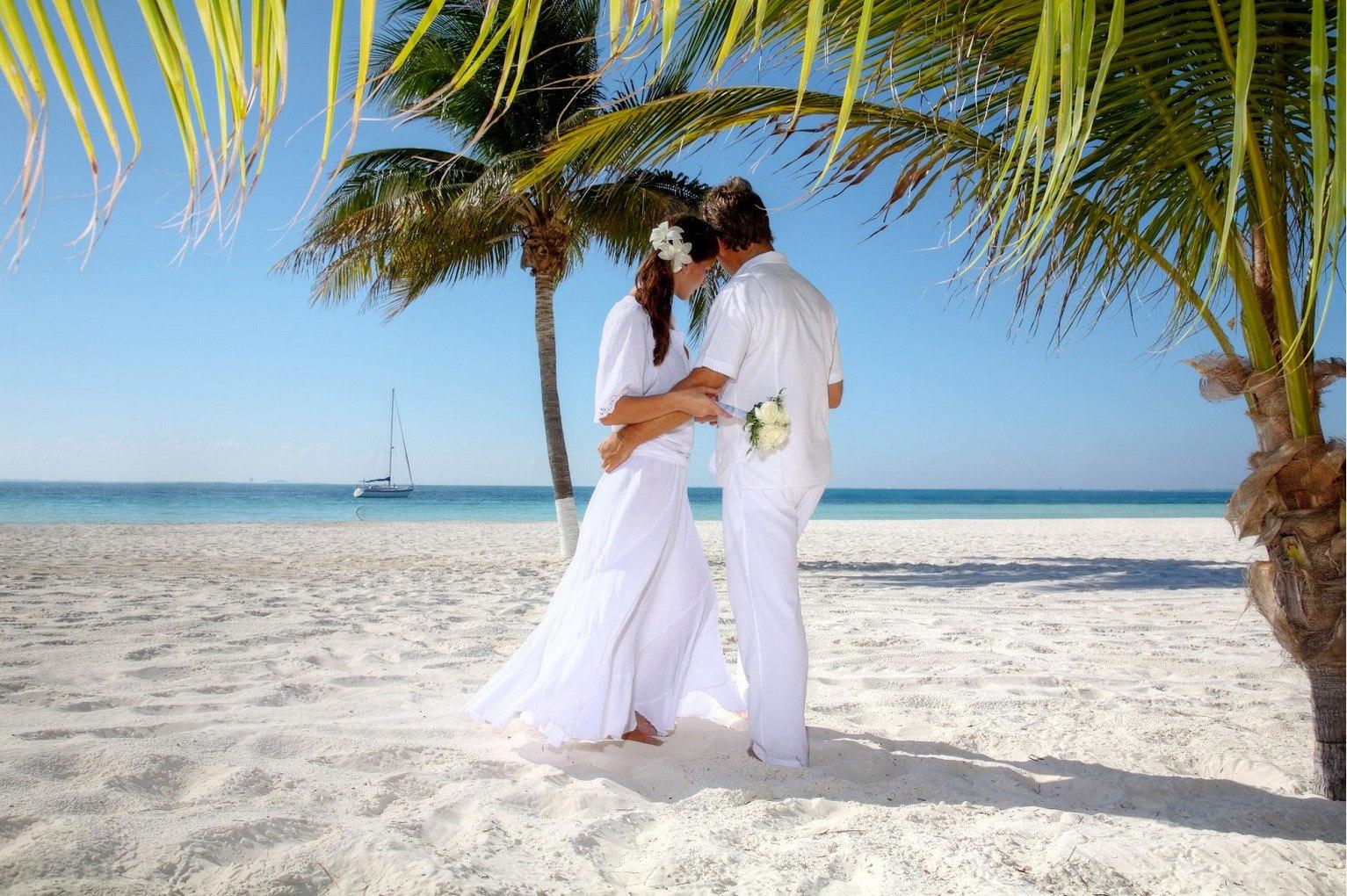 XNbyoR2AS1Q - Свадьба на пляже: некоторые нюансы в организации (35 фото)