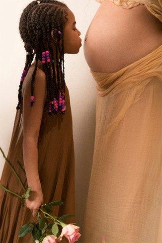 5fgd 337Ps4 - Трогательные моменты: Бейонсе опубликовала фотосессию с животиком (10 фото)
