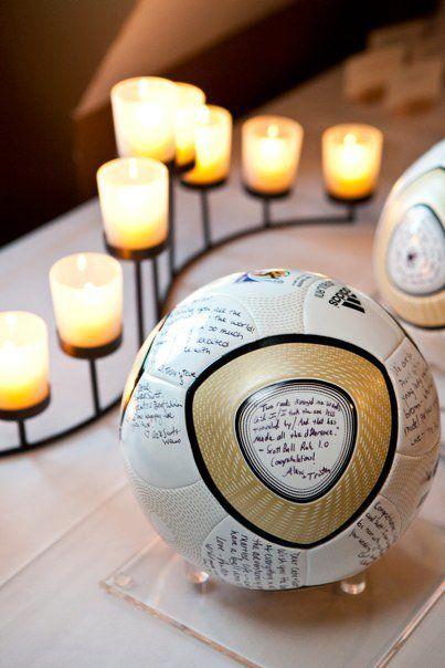 KiGFk2VK3us - Свадьба с футбольной тематикой (24 фото)