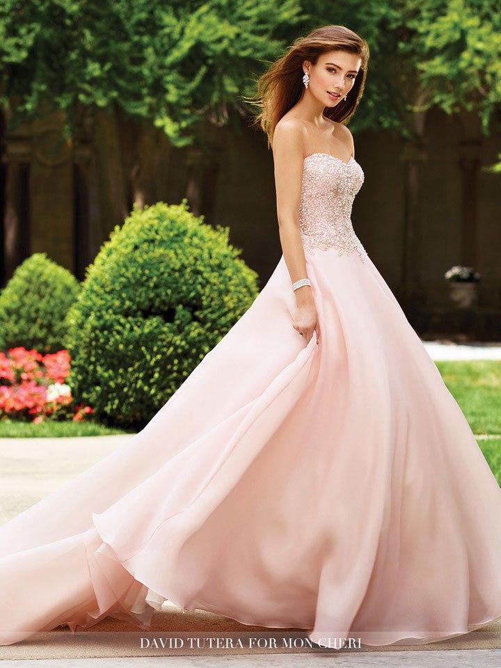 5NDnibWsXZk - Самые лучшие свадебные платья сезона 2017 (45 фото)