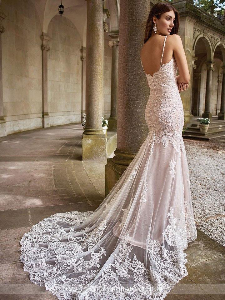 dOvO7kteYMc - Самые лучшие свадебные платья сезона 2017 (45 фото)