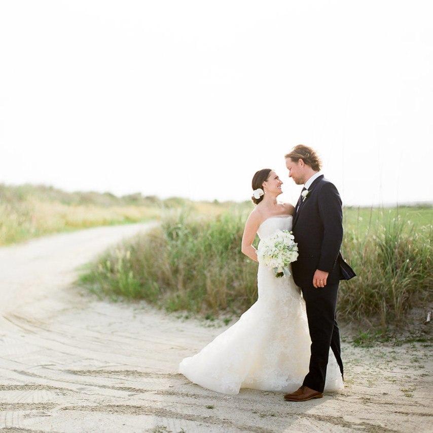 Романтическая встреча на берегу моря (31 фото). Лучший ведущий на свадьбу в Волгограде - Павел Июльский