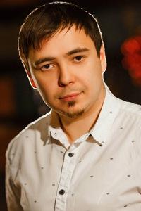 Дмитрий Зиновеев