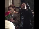 Мэрилин Керро и Александр Шепс целуются после финала семнадцатой _Битвы экстрасенсов_ ( 480 X 480 )