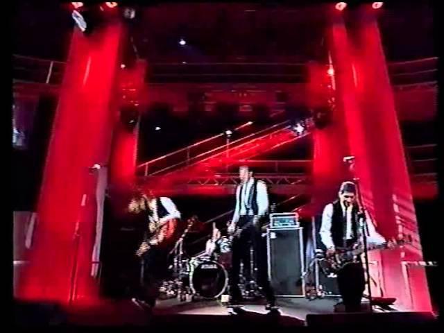 Nirvana Live At Canal Studios, Paris, France 02 04 1994