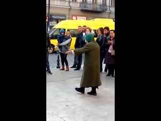 Грузинские национальные танцы от великолепной бабушки