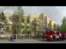 В Верхней Салде загорелся заброшеный военный госпиталь