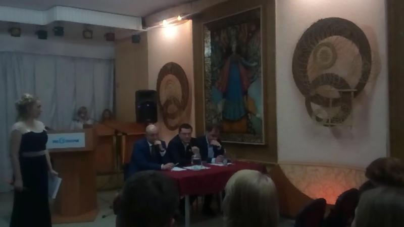 Генеральный директор ООО ДСК КПД-Газстрой: Шатков Михаил Владимирович отвечает на вопросы из зала.