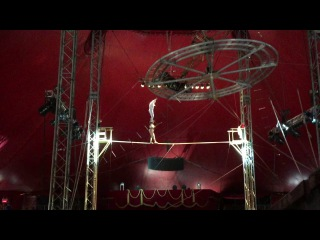 Duo Guerrero - Wife carries husband on Tightrope! | Royal Canadian Circus