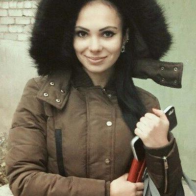 Элина Назарова