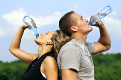 9 причин не забувати пити воду