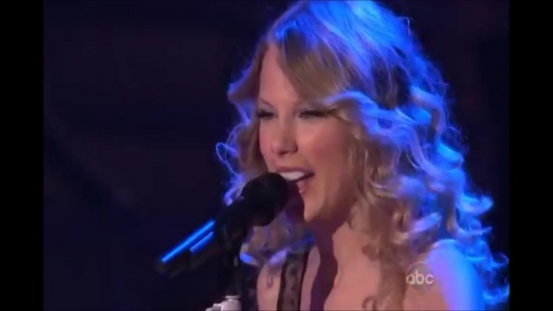 Taylor Swift - Love Story (Live on Dancing With Stars 2009)