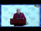 Песков против Райкина. Кремль вступил в полемику о цензуре и духовности в искусстве
