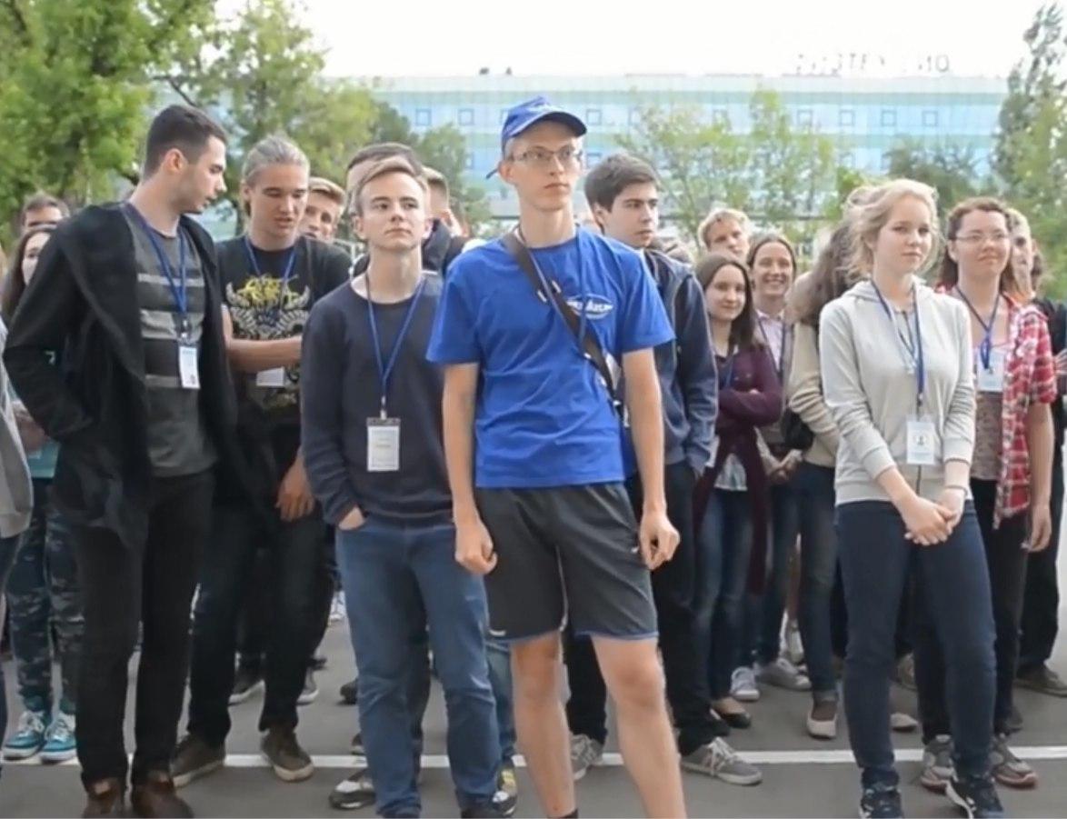 ВУфе школьники порадовали городских чиновников неменее  удачной  сдачей ЕГЭ
