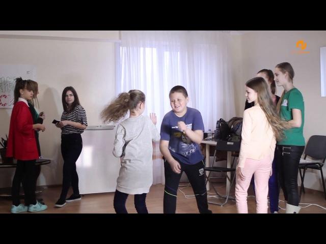 Видеоурок: как помочь ребенку пережить первую влюбленность
