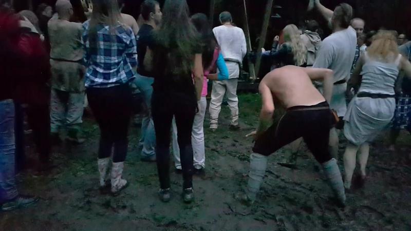 BIDA / Bieda / Burtas / Pohroma / Unglück / Poisse / Hoodoo -- Apuolė, LIETUVA, 6.08.2016