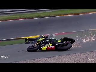 Мото падения на гонках  moto crash