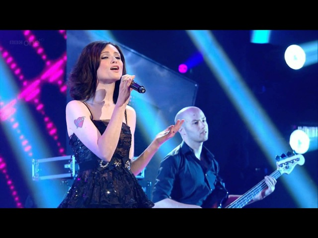 Sophie Ellis Bextor Off And On Tonight's The Night 30 07 2011