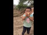 Тогжан Биринши рет мороженый жеген кез!