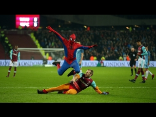 Человек-паук в матче Вест Хэм - Манчестер Сити