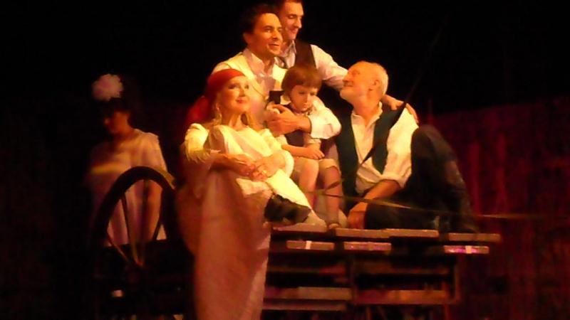 Одесса913, театр Ермоловой, сцена со Львом