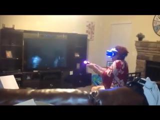 Когда познакомил бабушку с виртуальной реаьностью