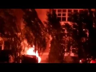 Тольятти, появилось видео охваченной пламенем «Ауди» за 3 млн.