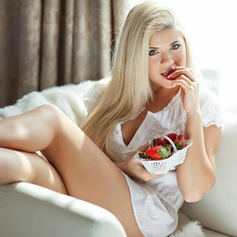 Seeme nude porn hentaifoundry boysfood videos