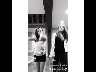 Musical.ly Annie Dj flex x