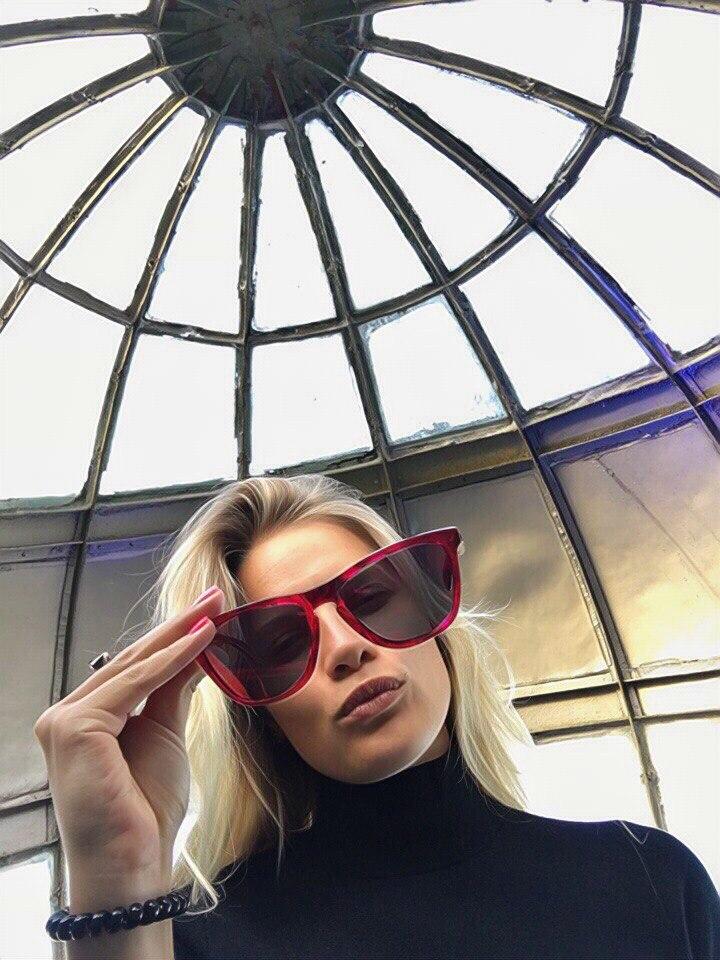 Оксана холмакова видео, блондинка художница в порно