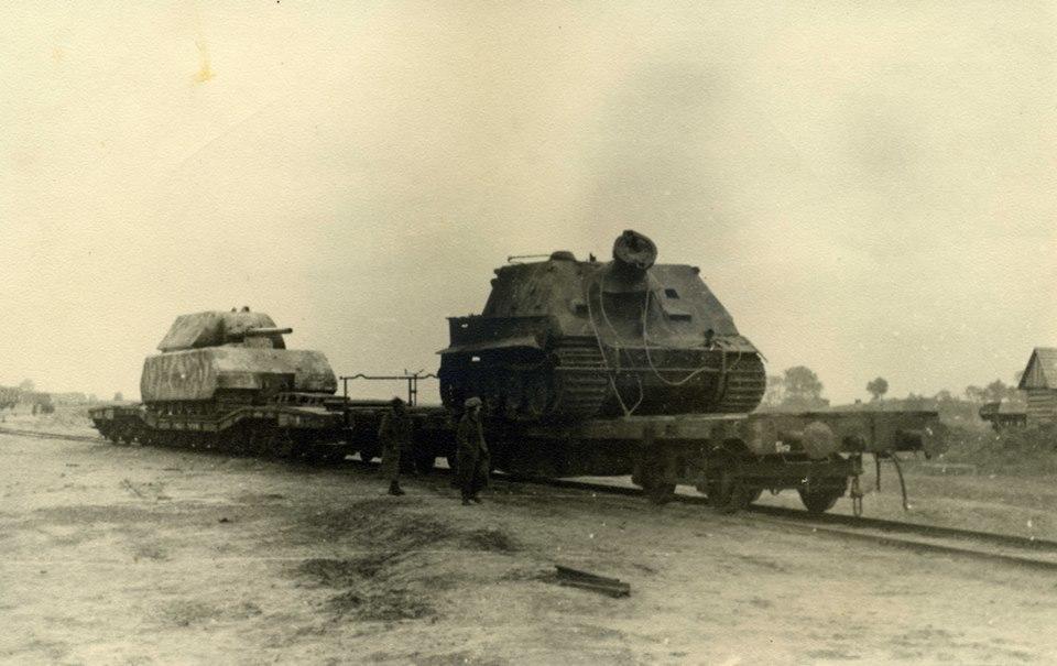 Отправка трофейных машин САУ Sturmtiger 38 cm RW61 и танка Pz.Kpfw Vlll Maus в Советский Союз.