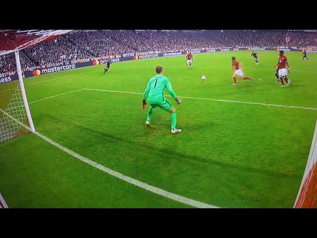 C.Ronaldo vs Neuer (Save) Bayern Munich Vs Real Madrid 4/12/17
