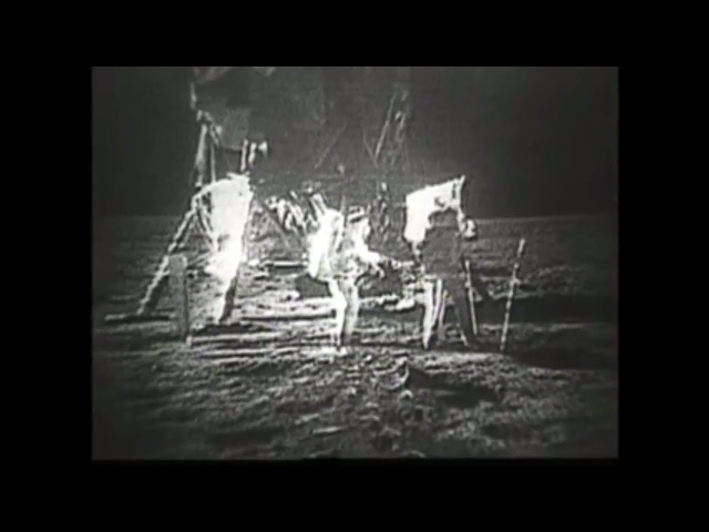 Apollo 11 : 3 Hours of raw footage taken by the crew in lunar orbit and landing on the moon