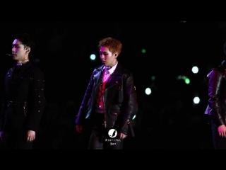 [FANCAM] 161202 EXO Xiumin - Transformer @ Mnet Asian Music Awards