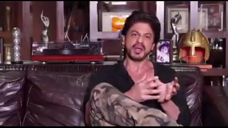 Shah Rukh Khan talking about Arvind Vohra at 9.00 AM on Sunday, Feb 12, 2017 only on Trailblazers aired on Zee Business.