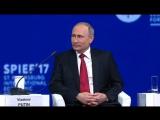 На ПМЭФ Путин по-армейски пошутил.