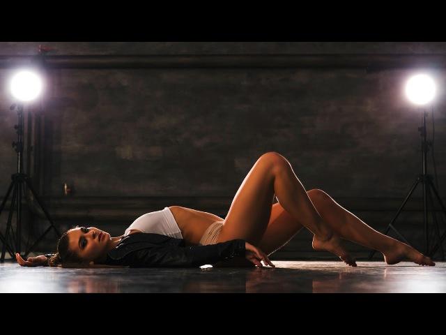 SKIN Sexy Choreo by MARU song Rihanna skin